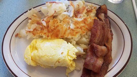 Dwight, Илинойс: Breakfast is always great here!