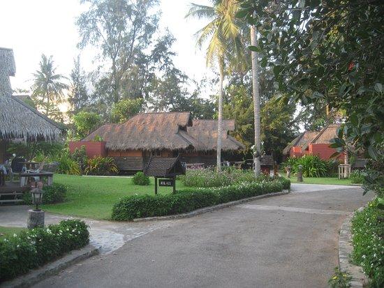The Sunset Village Beach Resort Foto