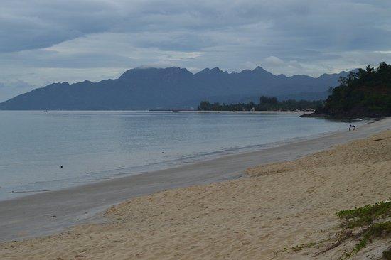 Tengah Beach: Pantai Tengah