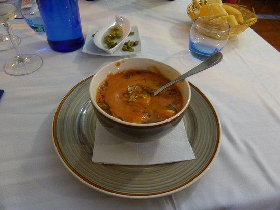 Zuheros, İspanya: Geniale kalte Suppe