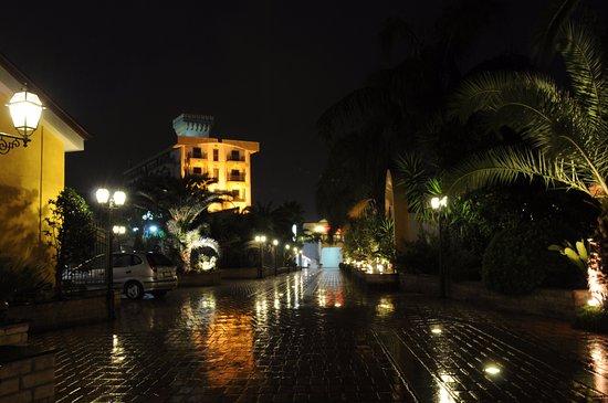 Hotel Ristorante La Lanterna: Panoramica dall' ingresso