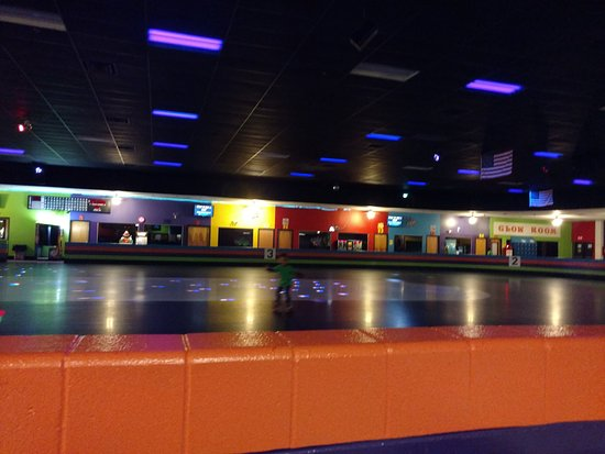 Music in Motion Family Fun Center: Skating Rink