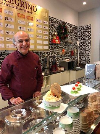 Пробовал мороженое в разных местах, у сеньора Джанкарло самое вкусное в Болонье. Всем рекомендую