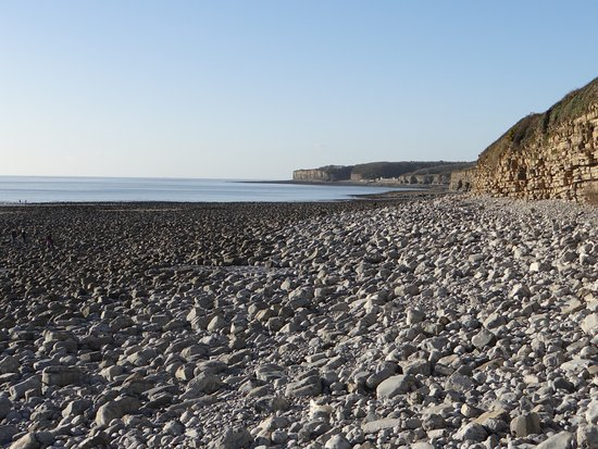 Llantwit Major, UK: cold but sunny January day