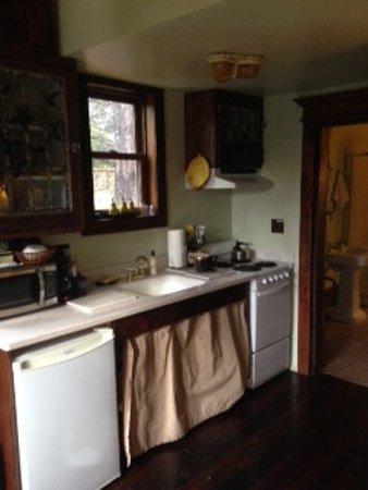 B Bryan Preserve: kitchenette + bathroom door