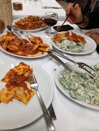 Riolo Terme, Ιταλία: tris di primi