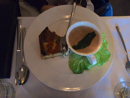 Paris, Canadá: Yummy Quiche du jour with soup