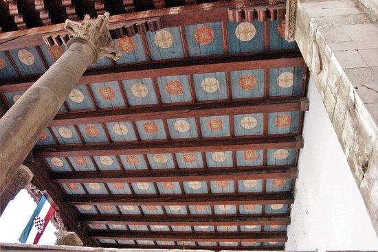 Loggia - Doorway: Wundervolle Decke!