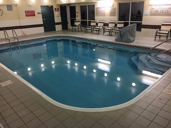 ฮอร์สเฮดส์, นิวยอร์ก: The pool