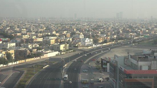 Ramada Chelsea Al Barsha: Umgebung