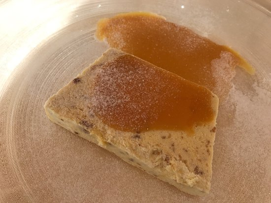 Funivia: Semifreddo di fichi ,strudel , pappardelle con ragù di cinghiale,zuppa di ceci con crostini, cot