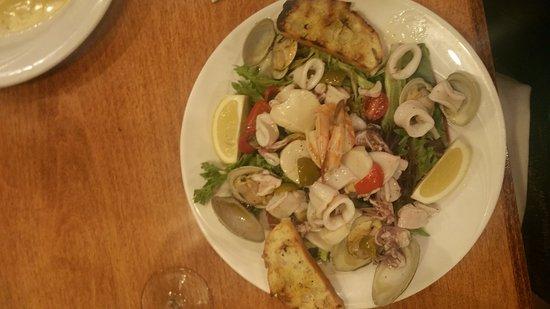 Stratford, CT: Freshest seafood salad ever!