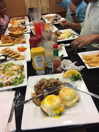 University Park, FL: KeKe's Breakfast Cafe