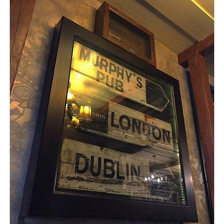 Murphy's Irish Pub & Garden Restaurant: Steak grill zöldségekkel,zöldborsmártással
