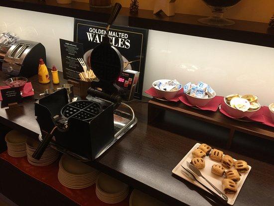 Ahotel Hotel Ljubljana: The Belgian Waffle station