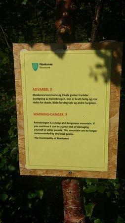 Reine, Norge: avviso di pericolo 02