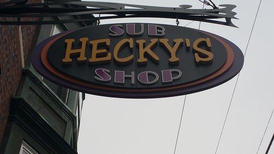 Hamburg, PA: Hecky's Sub Shop