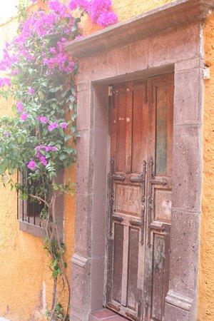 Casa Mañana