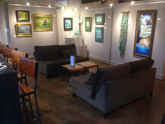 Idyllwild, Kalifornien: A cozy seating area to chat with friends, old and new.