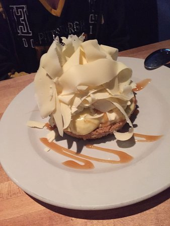 The White Chocolate Grill - Park Meadows: cookie desert