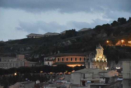 Melilli, Italia: Evening