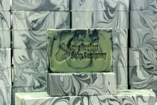 Sydney Mines, Canadá: Handcrafted Luxury Soap - Tea Tree
