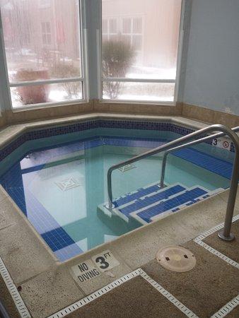 Hampton Inn & Suites Hoffman Estates Photo
