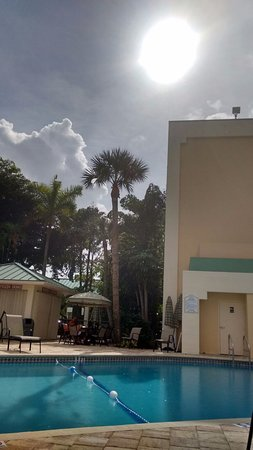 Boca Raton Plaza Hotel and Suites: piscina