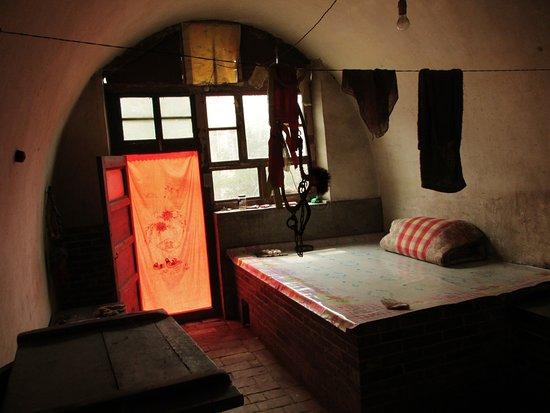 Jiexiu, Kina: Laatste oude woning met 'kang'. (Vuurgestookt bed).