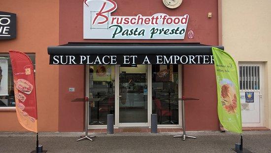 Rocbaron, Frankrijk: devanture