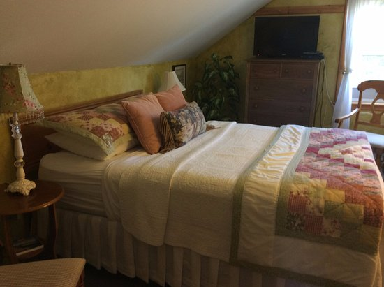 Georgetown, Canada: Green Gables Room