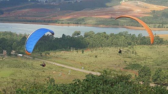 Sky Driver Escola de Parapente BH, Topo do Mundo, Serra da Moeda
