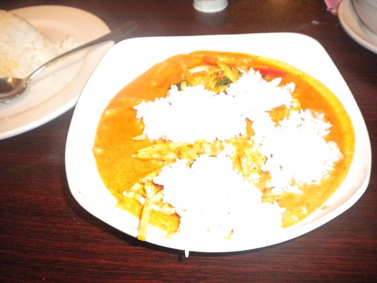 Oxford, MS: Red Curry with rice on top