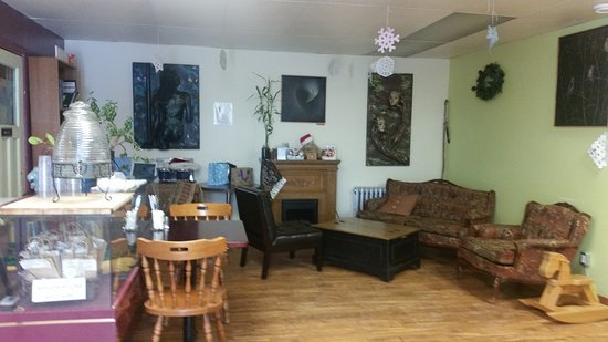 Nipigon, Canada: Another cozy section at the back of the restaurant