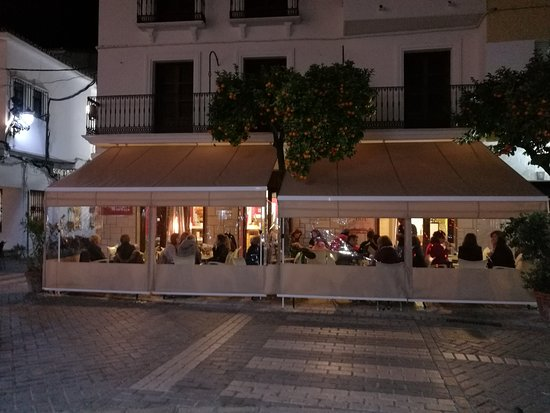 Coín, España: Terraza con Toldo para Invierno