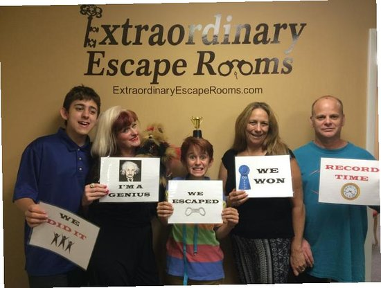 Extraordinary Escape Rooms