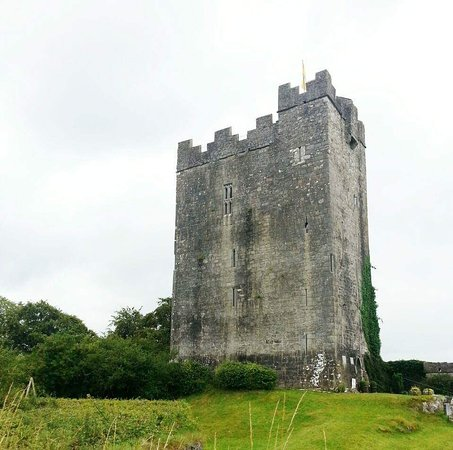County Clare, Ierland: Dysert O'Dea Castle and Archaeology Centre