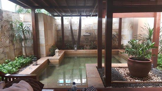 The Ritz-Carlton Jakarta, Mega Kuningan: TA_IMG_20170108_094802_large.jpg