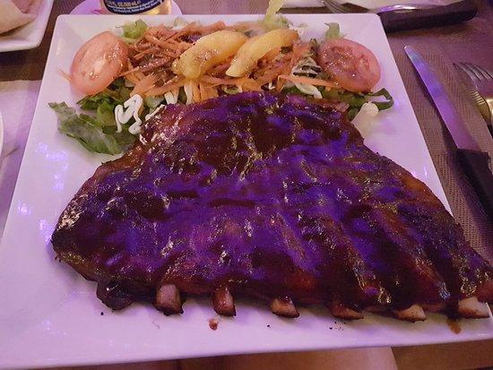 The Palms Restaurant: The famous Drunken Ribs