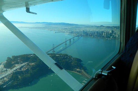 Recorrido aéreo por la Bahía de San...