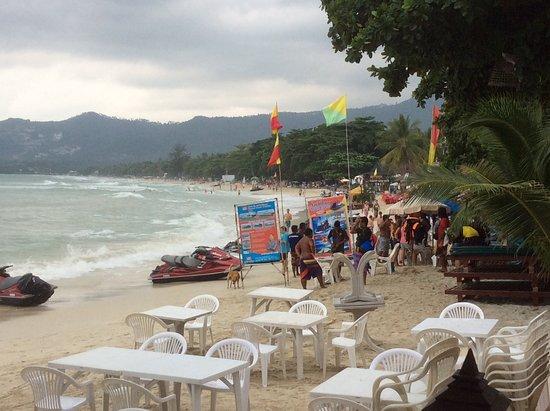 Baan Chaweng Beach Resort & Spa: plage devant l'hotel