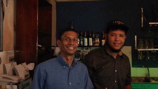 Cholo's Comidas Mexicana: Bartender Delo and Waiter Gustavor