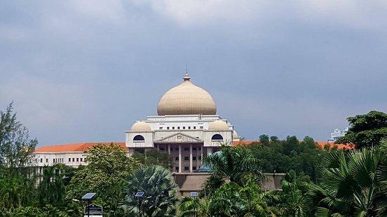 Kuala Lumpur Courts Complex