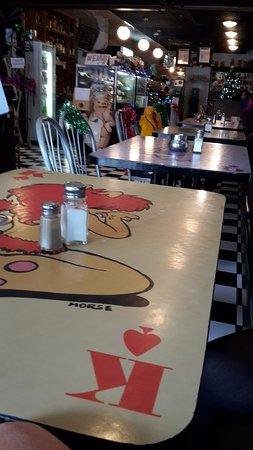 Espressoholic: Love the table art
