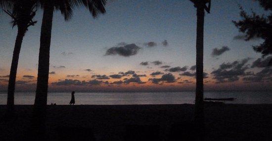 Silver Sand Beach Resort: Before Sunrise