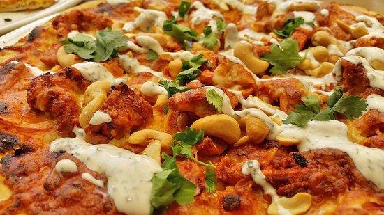 havannah pizza tandoori chicken with mint yoghurt. Black Bedroom Furniture Sets. Home Design Ideas