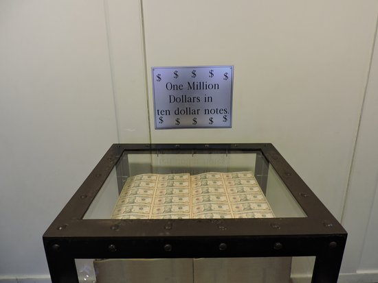 Bureau of Engraving and Printing: The million dollar display