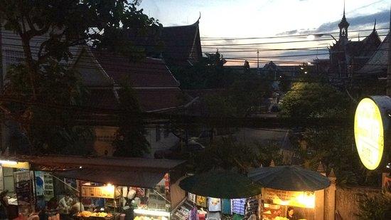 Rambuttri Village Inn & Plaza: photo1.jpg
