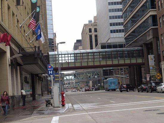Minneapolis Skyway System : Downtown Minneapolis