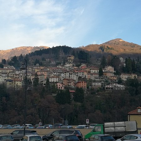 Molina di Faggeto Lario, Italy: IMG_20161218_203558_large.jpg